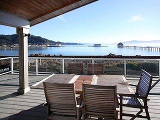 Modern pet friendly property w/ fenced yard on the bay in Garibaldi, Oregon! - Garibaldi vacation rentals