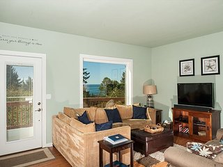 Enjoy all that Oceanside has to offer in this pet friendly home sleeping 13! - Oceanside vacation rentals