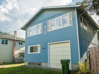 Escape To Pacific City In This Pet Friendly Vacation Home Close The Beach