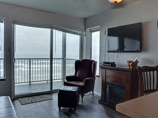 Oceanfront condo in Newport's Nye District, perfect for your family getaway! - Newport vacation rentals
