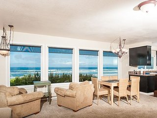 Amazing pet-friendly oceanfront home with private beach access in South Beach - South Beach vacation rentals