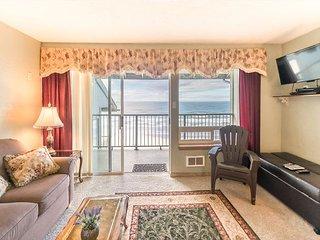 Enjoy this oceanfront top floor condo in the heart of Newport's Nye District! - Newport vacation rentals