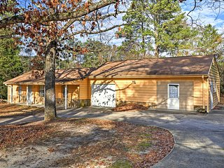 NEW! 3BR Riverdale House - Excellent Location! - Riverdale vacation rentals