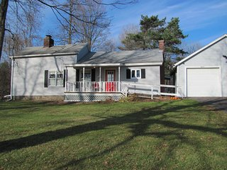 Gramma's House is a newly Renovated Three Bedroom Farm House - Hamilton vacation rentals