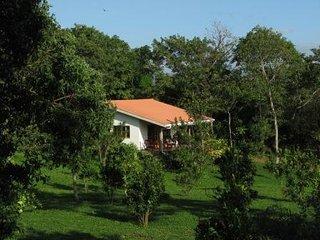 Villasvistamasaya, a cute two bedroom tropical vacation home - Masatepe vacation rentals