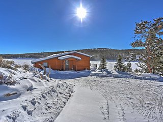 Lakeside 2BR Winter Retreat in Red Feather Lakes - Red Feather Lakes vacation rentals