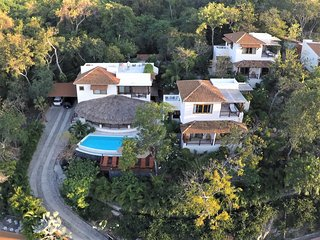 Romantic Bed and Breakfast with Deck and Internet Access - Zihuatanejo vacation rentals