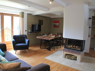 Germain - Modern, stylish apartment with great views from the balconies - Chamonix vacation rentals