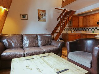 Des Alpes - Spacious 2 bedroom apartment in the centre of town - Chamonix vacation rentals