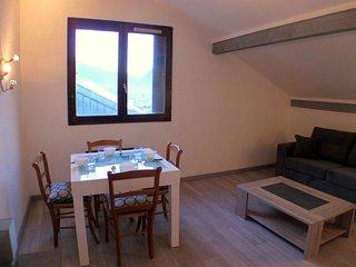 Forclaz 6 - Newly renovated top floor apartment - Chamonix vacation rentals