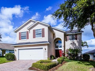 Enjoy a private pool & game room, shared tennis & gym - view Disney fireworks! - Davenport vacation rentals