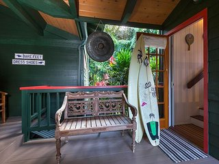 Charming Hanalei Bungalow close to the beach - Hanalei vacation rentals
