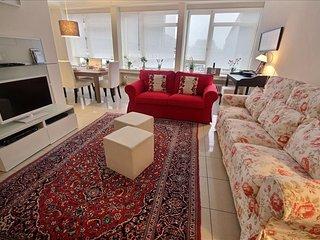 Nice 2 bedroom Condo in Liege - Liege vacation rentals