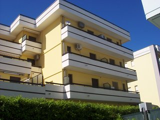 2 bedroom Apartment with A/C in Caorle - Caorle vacation rentals
