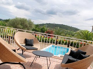 Gabian family villas in France with private pool sleeps 12 - Gabian vacation rentals