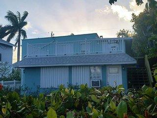 NEW Beach Bungalow on Anna Maria Island - Bradenton Beach vacation rentals