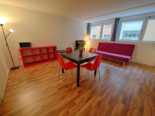 ZH Badenerstrasse VIII - HITrental Apartment Zurich - Zurich vacation rentals