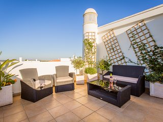 REDUCED PRICES 2017!  Casa d' Cor, Albufeira - Olhos de Agua vacation rentals