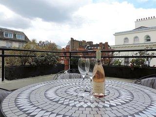 Beautiful South Kensington Penthouse - London vacation rentals