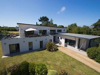 Villa de grand standing proche de la plage - Plougrescant vacation rentals