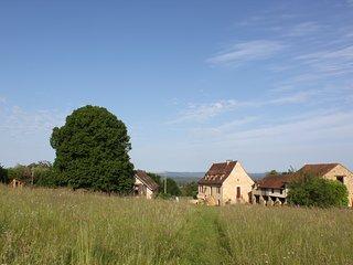 Gite Le Pigeonnier 4 pers Piscine. Domaine de la Margotine en Quercy Périgord. - Rouffilhac vacation rentals