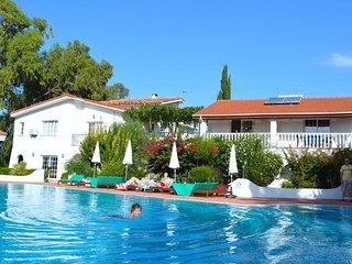 Family Villa (Sleeps 3 + 1 Child) -Near a lovely sandy beach shops & restaurants - Alsancak - Karavas vacation rentals