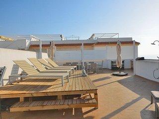 Beautiful penthouse in Jardines de carvajal - Benalmadena vacation rentals