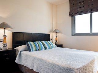 Luxury 3-Bedroom Apartment in Torremolinos with Mountain and Sea Views - Torremolinos vacation rentals