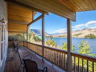 Wapato Lake Waterfront Retreat by Sage Vacation Rentals - Manson vacation rentals