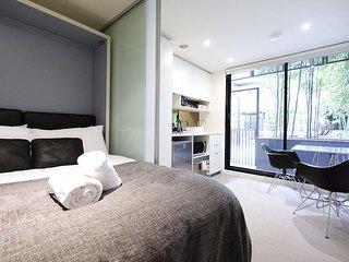 Mono 40 on Franklin St - Melbourne vacation rentals