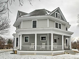 NEW! Historic Gem - Renovated 3BR Jefferson Home! - Cooper vacation rentals