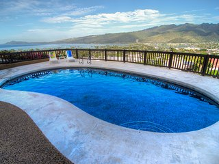 Hale Ohana, Pool, Ocean View Home/Hawaii Kai, Oahu  3+BD/3Bath - Hawaii Kai vacation rentals