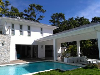 Contemporary villa close to the beach and village! - Las Terrenas vacation rentals