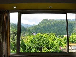 Economical Room in Tapovan Rishikesh - Tapovan vacation rentals
