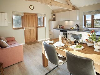 Bright 1 bedroom House in Sutton Saint Nicholas - Sutton Saint Nicholas vacation rentals