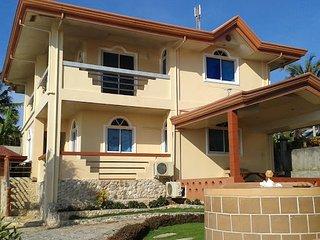 Sunset vista sea front pension house - Pacijan Island vacation rentals