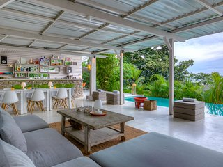 Bed and breakfast with quality bedding and common pool, located in Santa Teresa - Santa Teresa vacation rentals