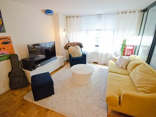 prime Colombus circle-fully furnished luxury bldg 1BR~24Doorman - New York City vacation rentals