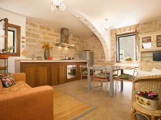 Romantic apartment in Old Town one step to sea, Alghero. True taste of Sardinia! - Alghero vacation rentals