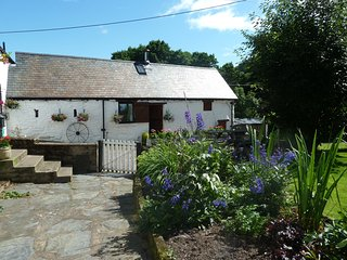 Dee Valley Cottages - Wagtails Cottage - Llangollen vacation rentals