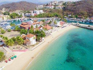 2 Bedroom Close to Beach & Amenities - Santa Cruz Huatulco vacation rentals
