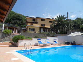 Bright 6 bedroom San Lucido House with Deck - San Lucido vacation rentals