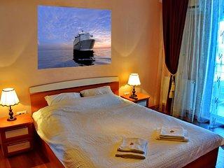SUMMER BEACH APARTMENT in SummerLand Mamaia Constanta with beautiful sea view. - Mamaia-sat vacation rentals