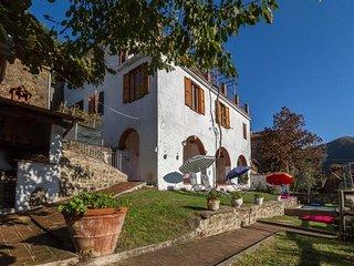 Lugnano-monti Di Villa - 101001 - Tereglio vacation rentals