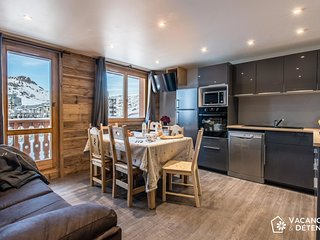 TIGNES VAL CLARET LUXURY APARTMENT 10 PERSONS SKI IN/OUT - Tignes vacation rentals