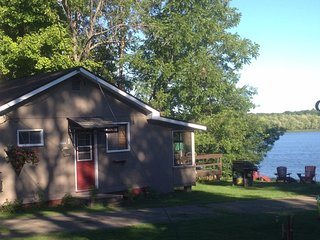 Welcome to Redfish Cottages-Cottage 1 - Kingston vacation rentals