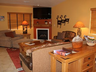 Cozy 3 bedroom Moab House with Television - Moab vacation rentals