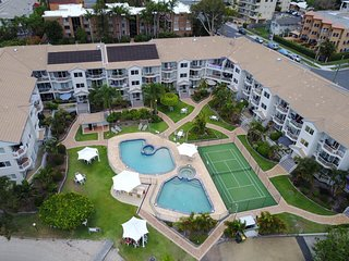 Waterfront Top Floor Apartment. - Biggera Waters vacation rentals