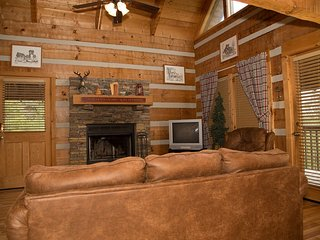 A Moment In Time, 2 BR/2 BA in Pigeon Forge - Sevierville vacation rentals