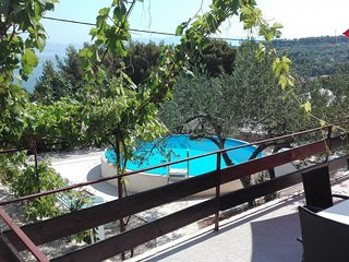 Nice House with Internet Access and A/C - Rogac vacation rentals